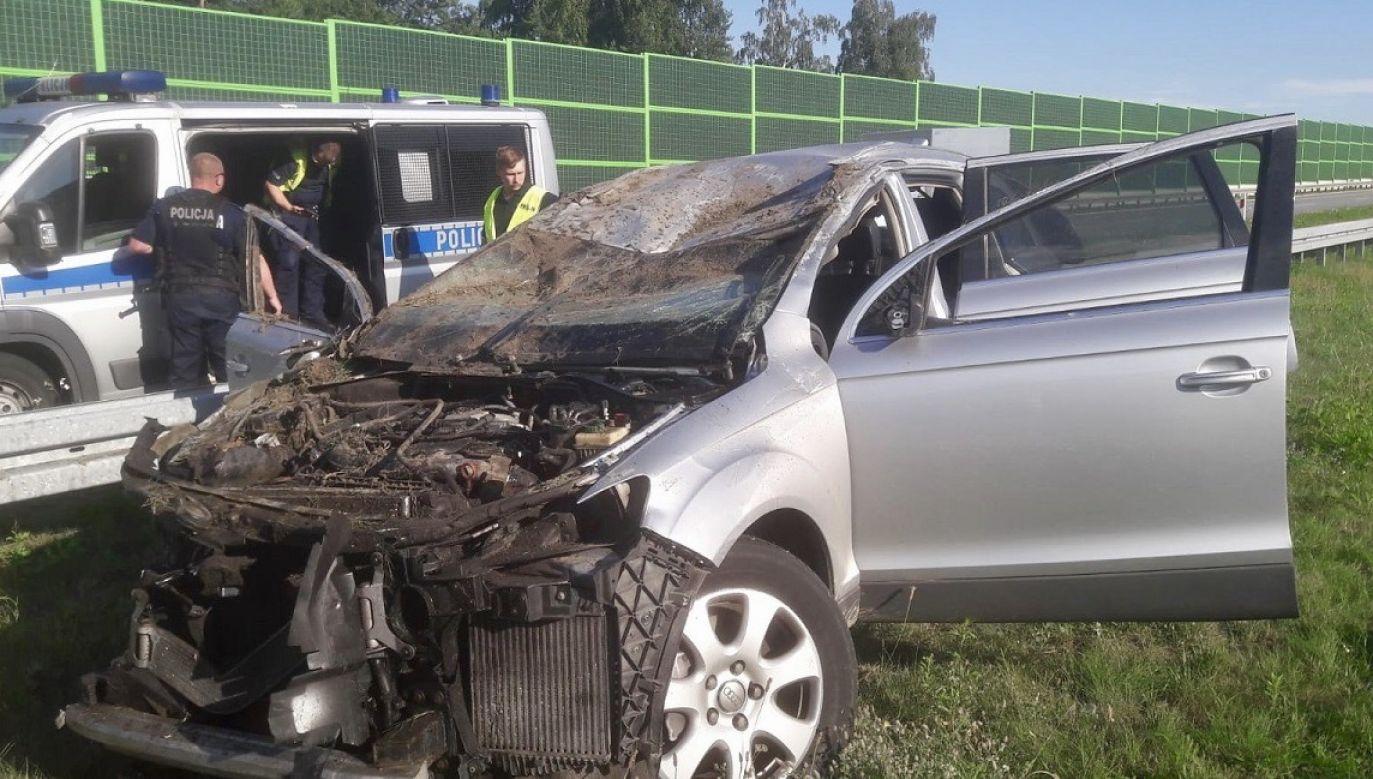 Do wypadku doszło na 314. kilometrze autostrady A1 między węzłami Łódź Górna i Łódź Wschód (fot. KMP w Łodzi)