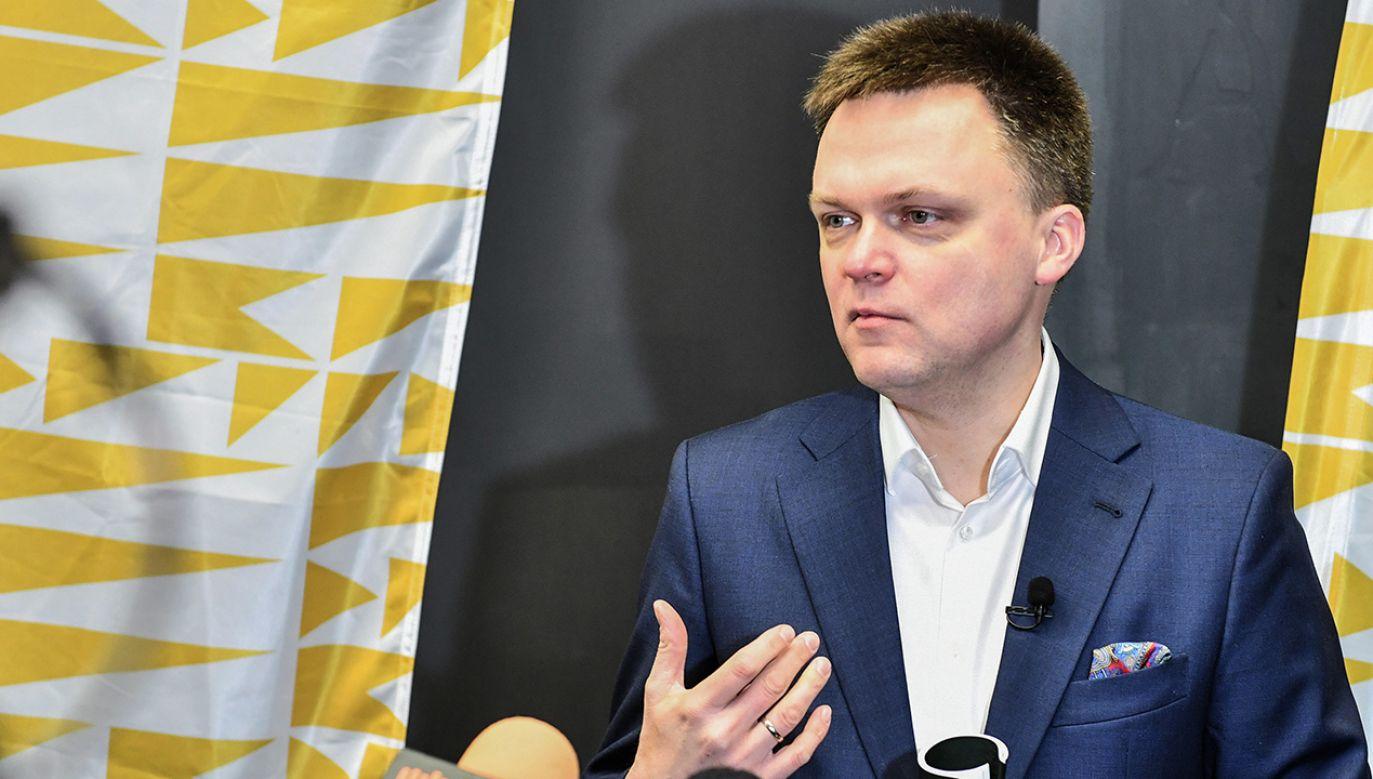 Szymon Hołownia bardzo mocno podkreśla swoją niezależność (fot.  PAP/Wojtek Jargiło)