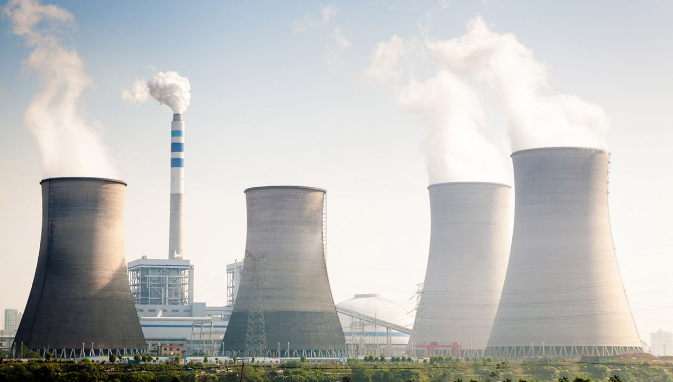 Przedstawiciele elektrowni zapewniają, że promieniowanie utrzymuje się w normie (fot. Shutterstock/zhangyang13576997233, zdjęcie ilustracyjne)
