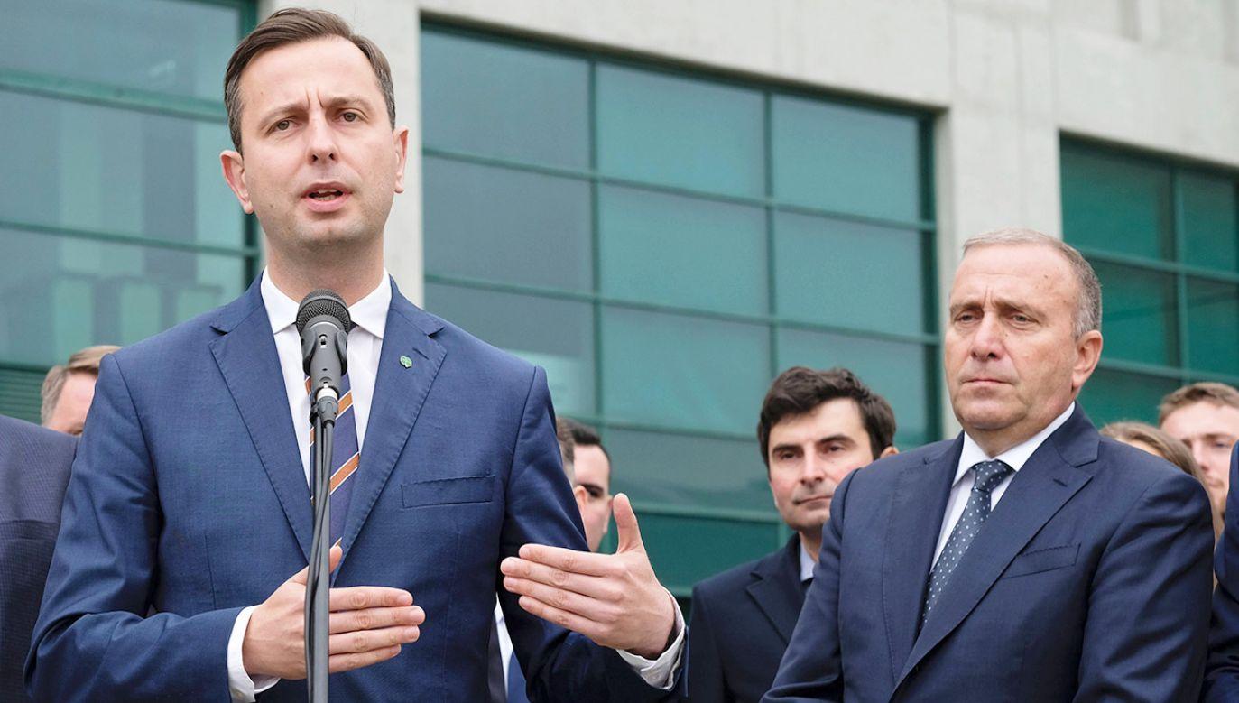 Kulisy negocjacji koalicyjnych PO i PSL (fot. arch.PAP/Andrzej Grygiel)
