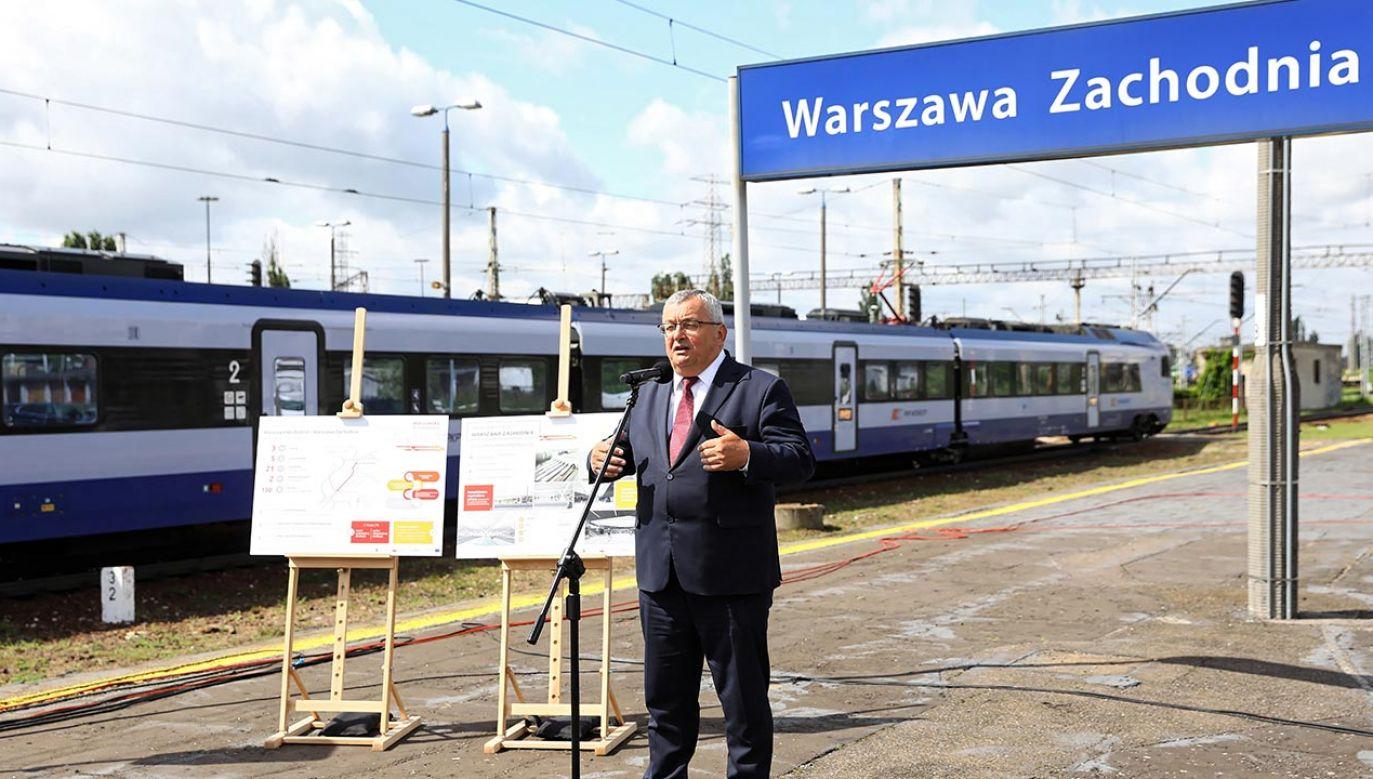 Warszawiacy czekali na tę inwestycję od wielu lat (fot. PAP/Rafał Guz)