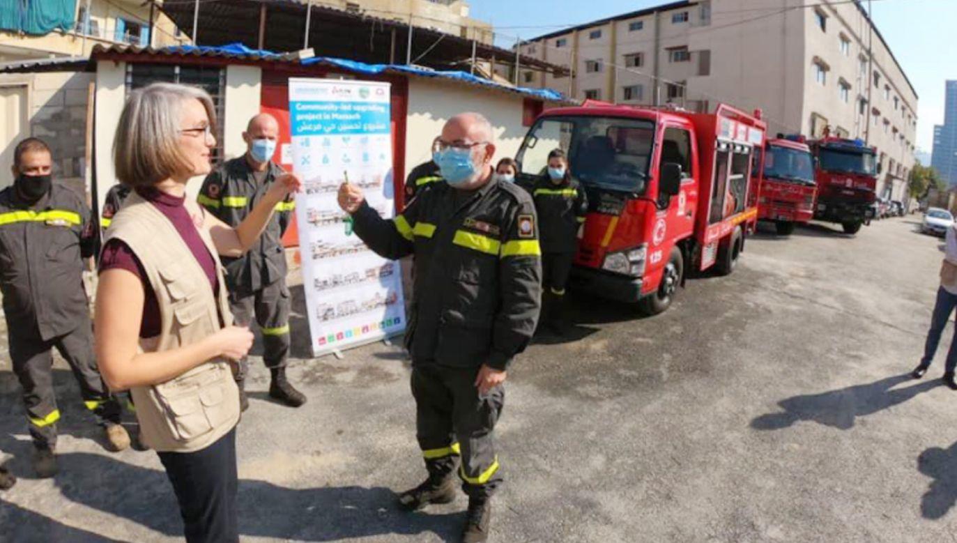 Libańscy strażacy korzystali z wozu strażackiego zakupionego przez PCPM (fot. pcpm.org.pl)