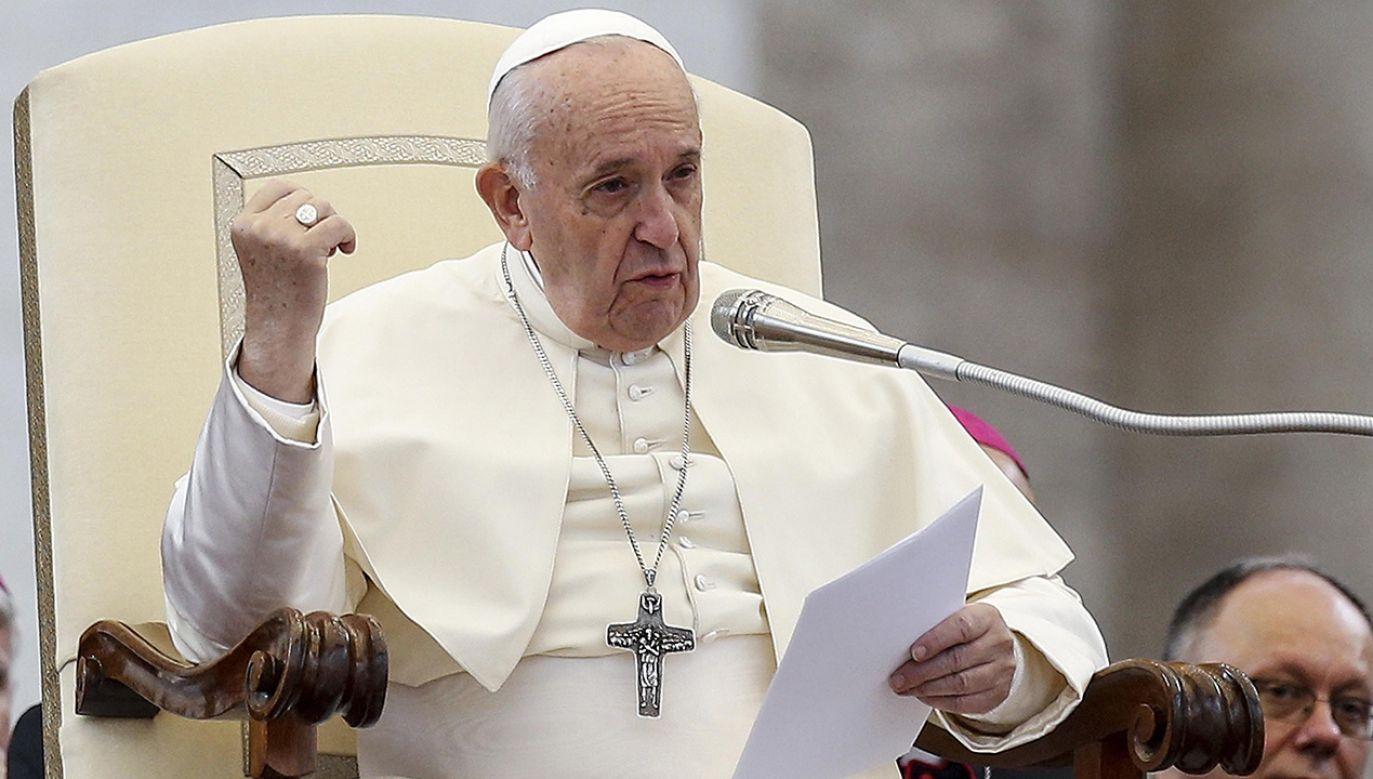 Papież apeluje o przeciwstawianie się antysemityzmowi (FOT. PAP/EPA/FABIO FRUSTACI)