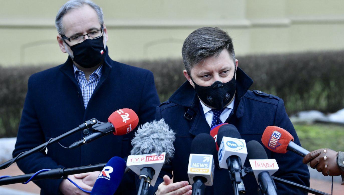 W tym tygodniu zaplanowane szczepienia będą wykonane (fot. PAP/Radek Pietruszka)