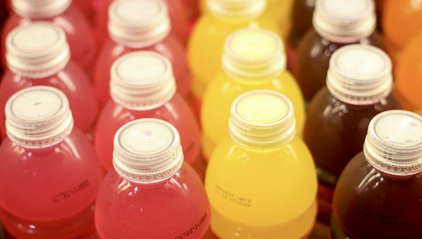 Takie napoje pije 12 proc. Polaków w wieku 15 lat (fot. Shutterstock/Nicole Glass Photography)