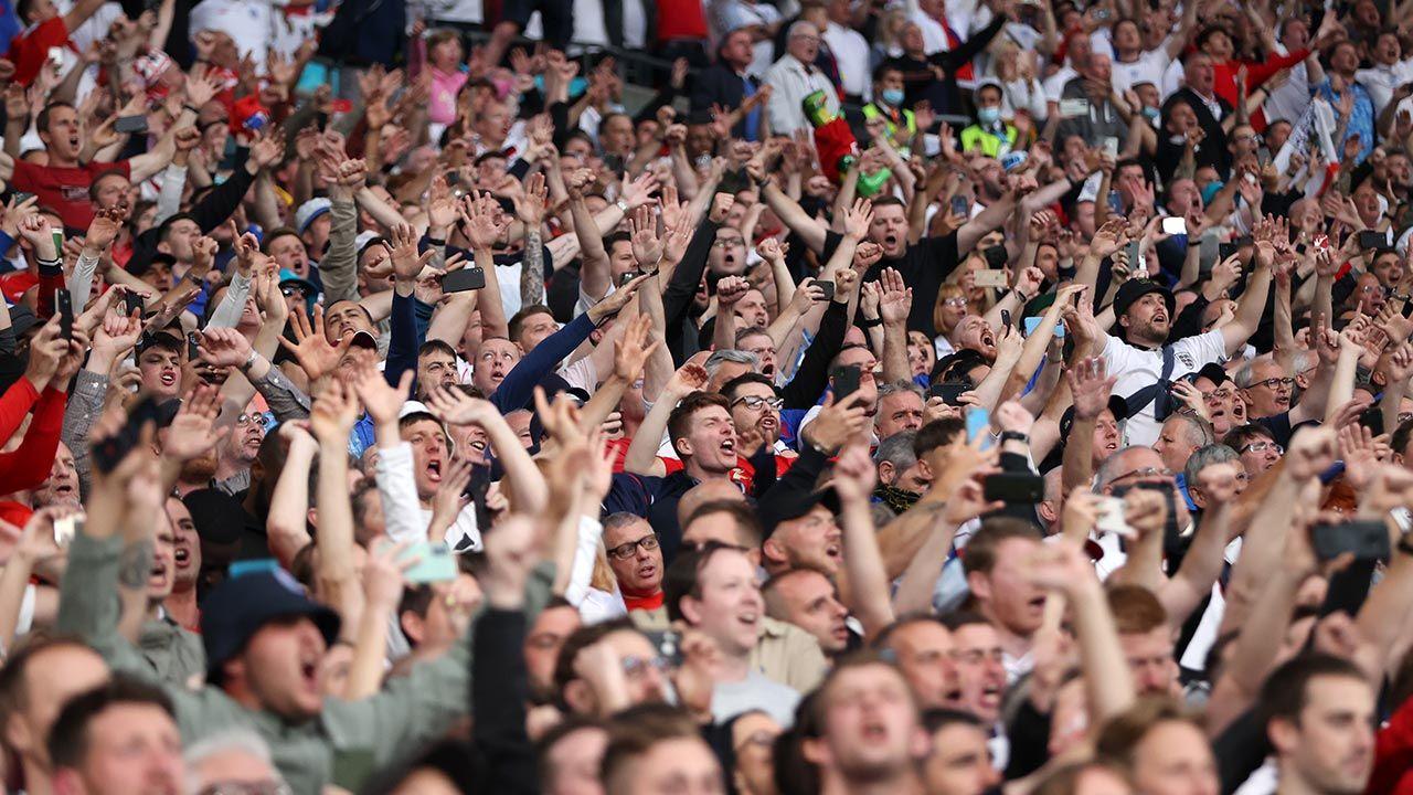 W Londynie zgromadziły się tłumy kibiców (fot. Carl Recine - Pool/Getty Images)