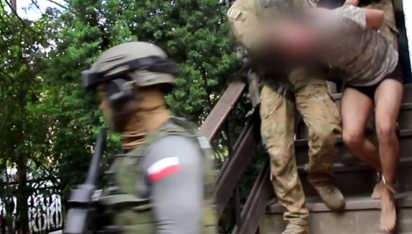 22-latek decyzją Sądu Rejonowego w Świdnicy został aresztowany na trzy miesiące (fot. Policja dolnośląska)