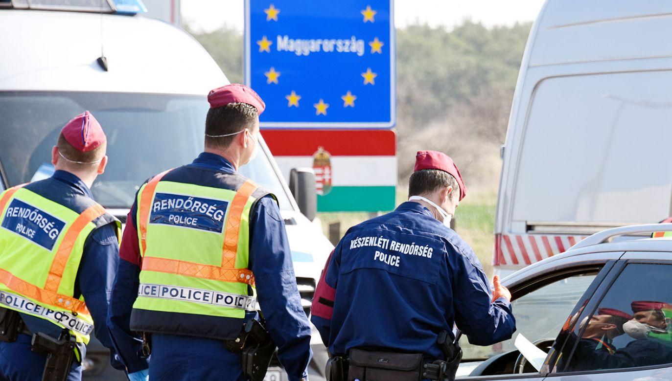 Węgry zniosą kontrolę przejść na wewnętrznych granicach strefy Schengen (fot. Thomas Kronsteiner/Getty Images)