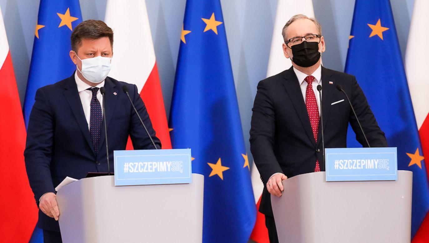 Szef KPRM Michał Dworczyk i minister zdrowia Adam Niedzielski (fot. KPRM/Adam Guz)