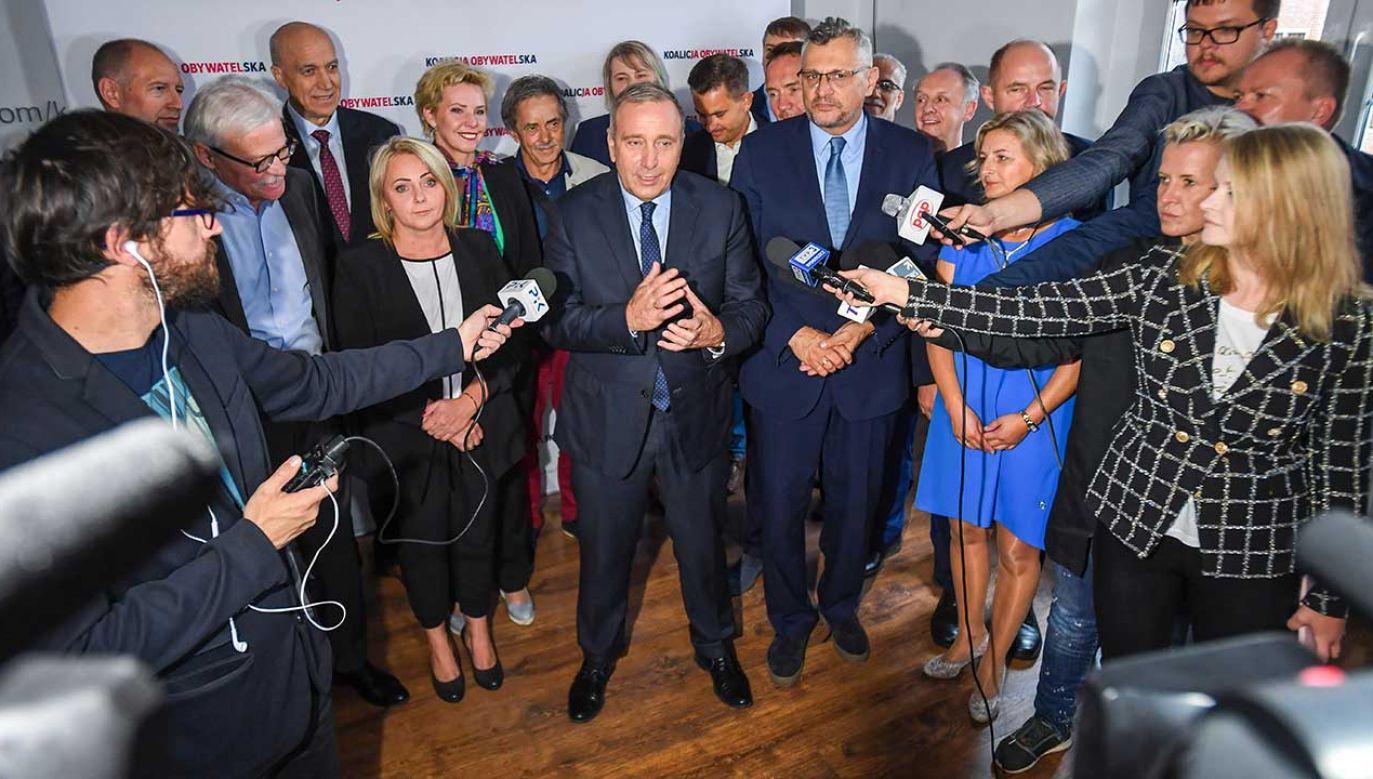 """Lider PO zapowiada, że jego ugrupowanie ma plan na """"ratowanie służby zdrowia"""" (fot. PAP/Paweł Skraba)"""