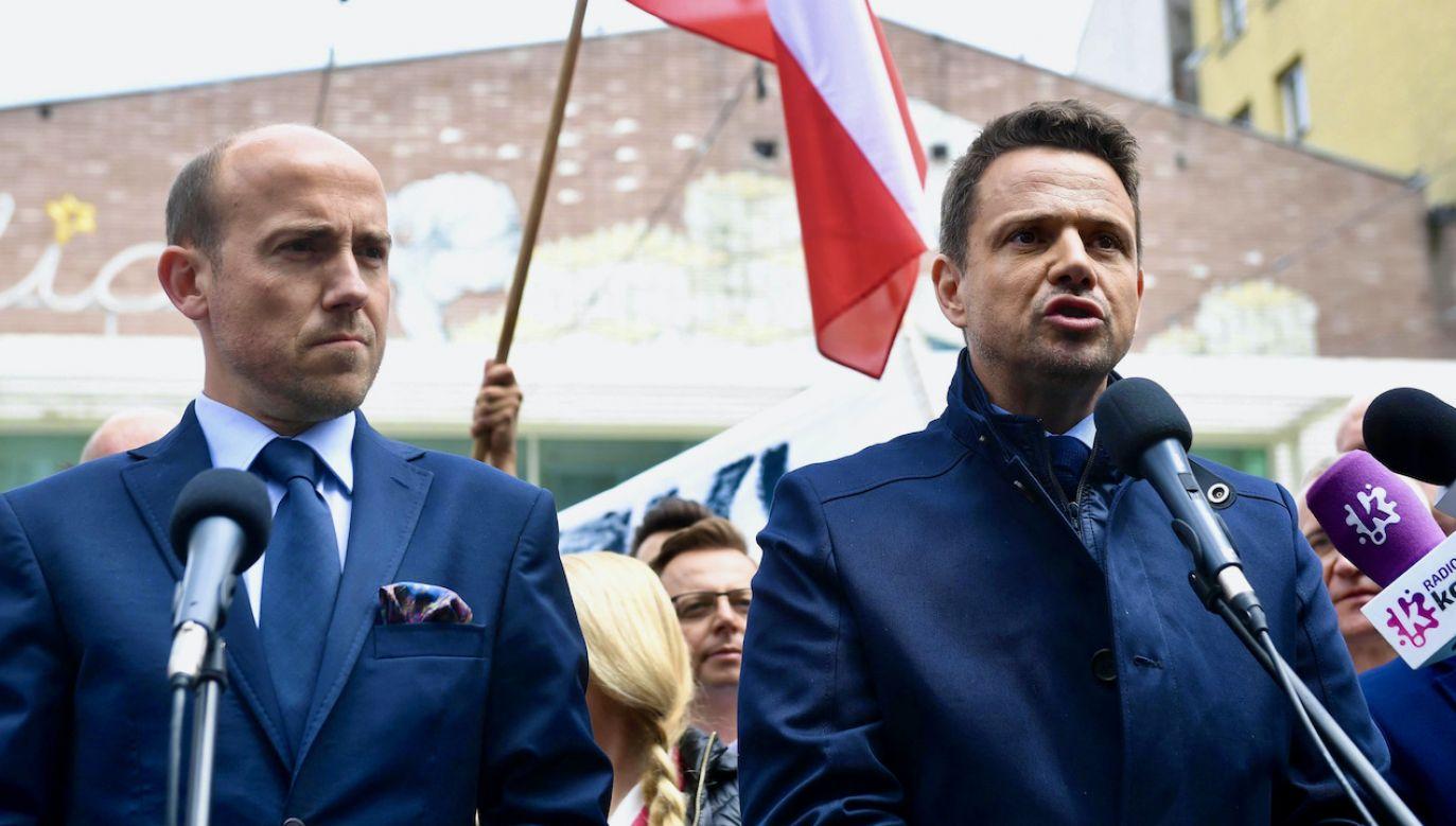 Borys Budka (L) i Rafał Trzaskowski (fot. arch.PAP/Radek Pietruszka)