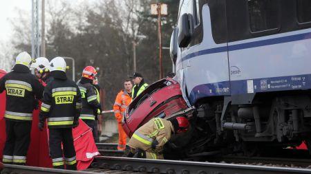 Dużo mniej wypadków śmiertelnych na przejazdach. Dlaczego? (fot. PAP/oman Zawistowski)