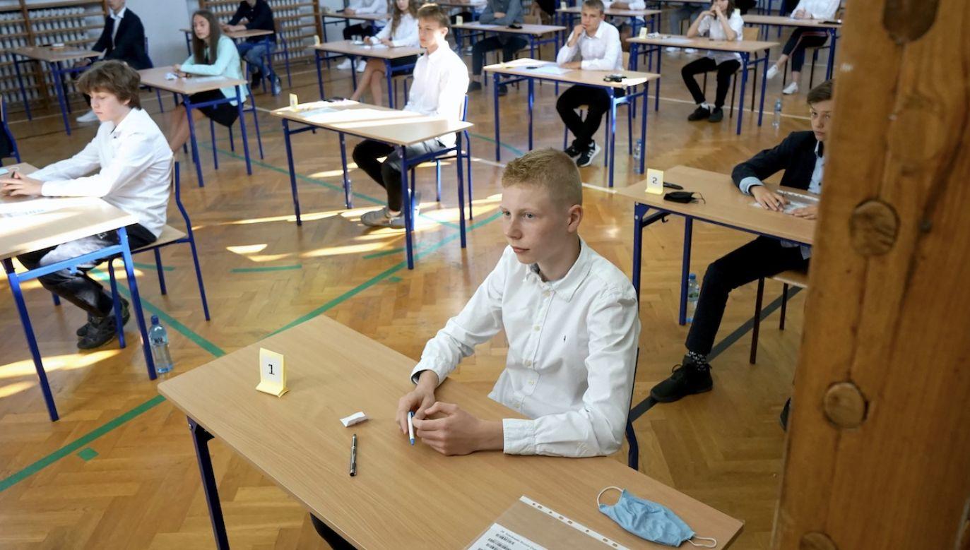 Kandydaci do jutra także mają możliwość zmiany szkół, w których ubiegają się o przyjęcie (fot. arch.PAP/Marcin Bielecki)