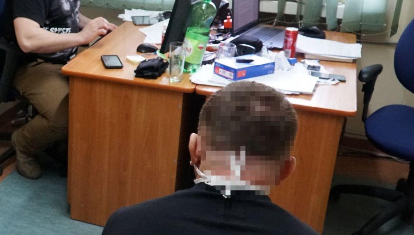 """""""Miron"""" po zatrzymaniu na gorącym uczynku (fot. policja.waw.pl)"""