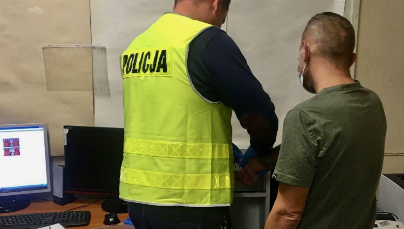 50–latek dwa razy okradł jeden z marketów w Sieradzu (fot. policja.pl)
