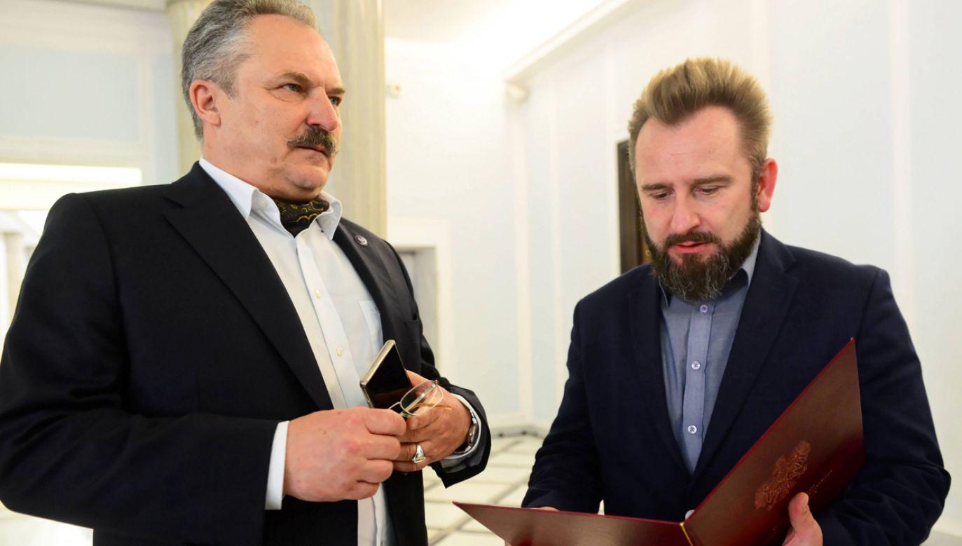 Marek Jakubiak i Piotr Liroy-Marzec nie wystartują razem w wyborach (fot. PAP/Jakub Kamiński)