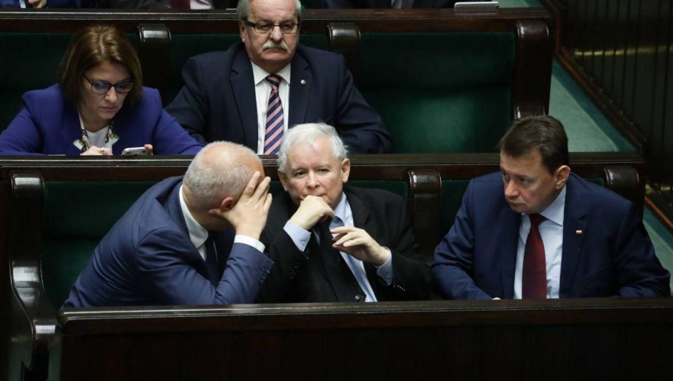 Solidarna Polska i Porozumienie będą oddzielnymi bytami w parlamencie? (fot.arch.PAP/Tomasz Gzell)
