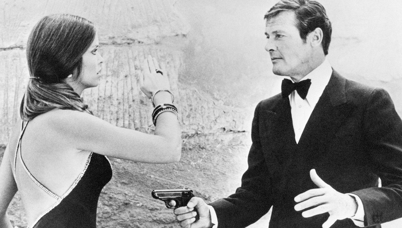 Kadr z filmu o przygodach Jamesa Bonda (fot. Mondadori via Getty Images)