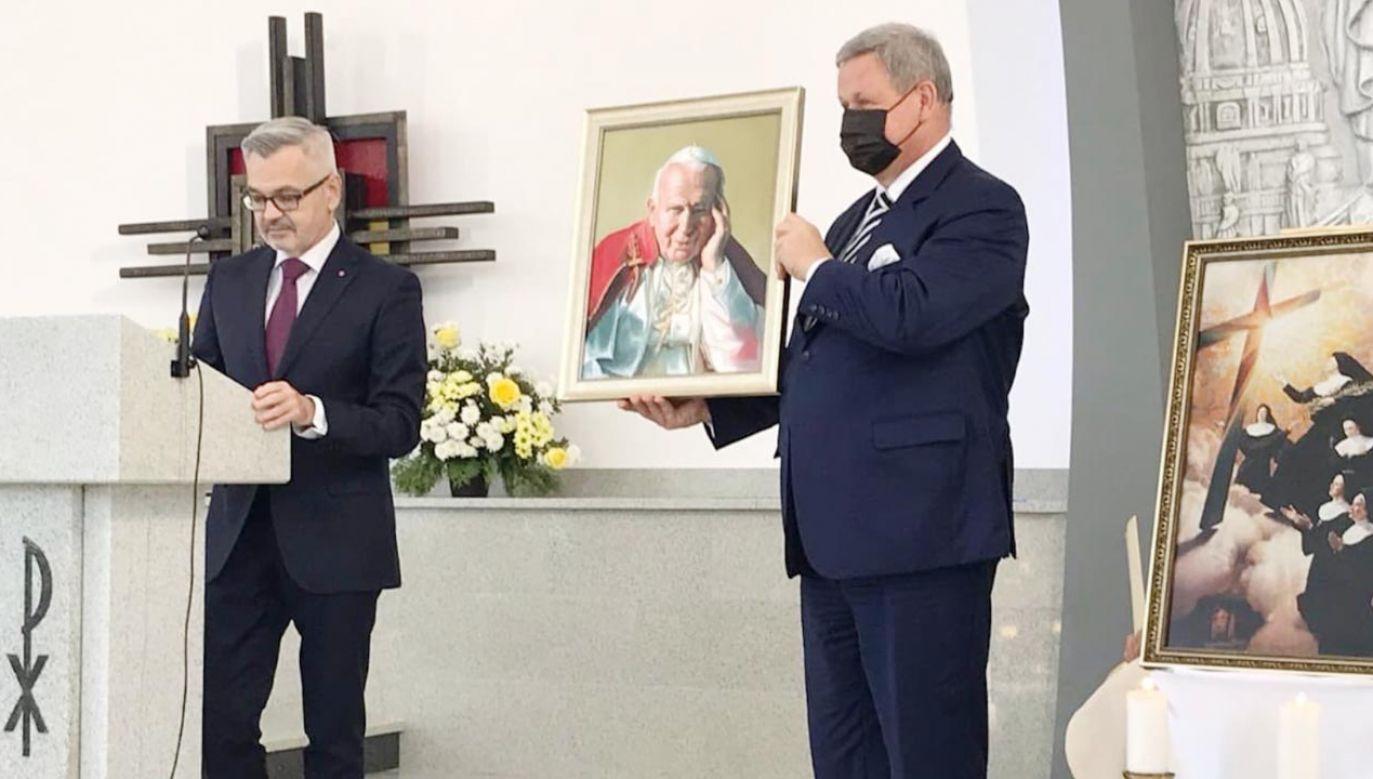 Ambasador RP Krzysztof Krajewski podkreślił, że budowa kościoła stanowi przykład dobrej współpracy religijnej (fot. TT/PLinRussia)