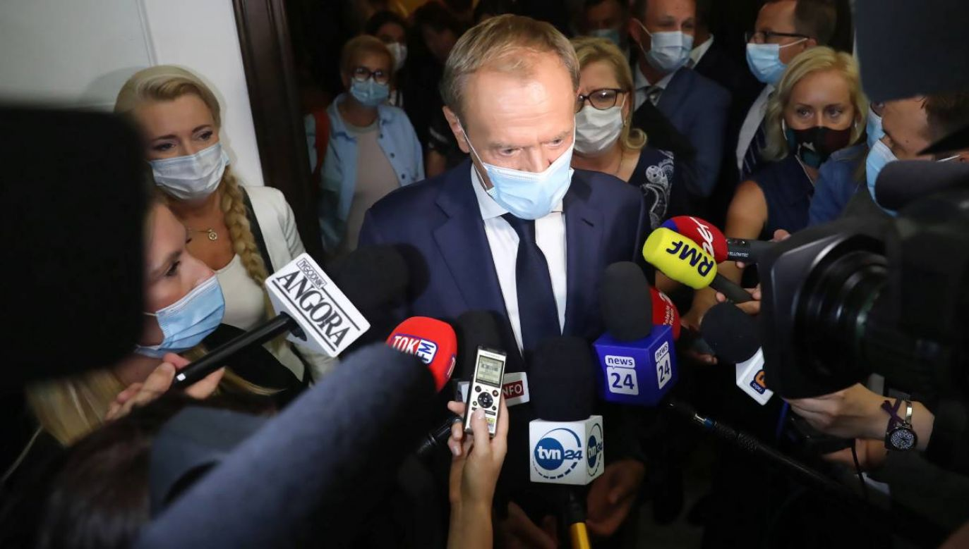 Donald Tusk jest postrzegany jako lider opozycji (fot. PAP/Tomasz Gzell)