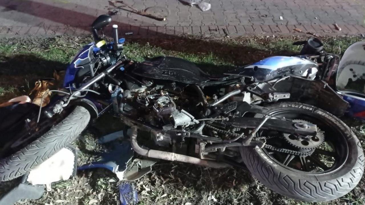 Śmiertelny wypadek z udziałem motoroweru (fot. Policja)
