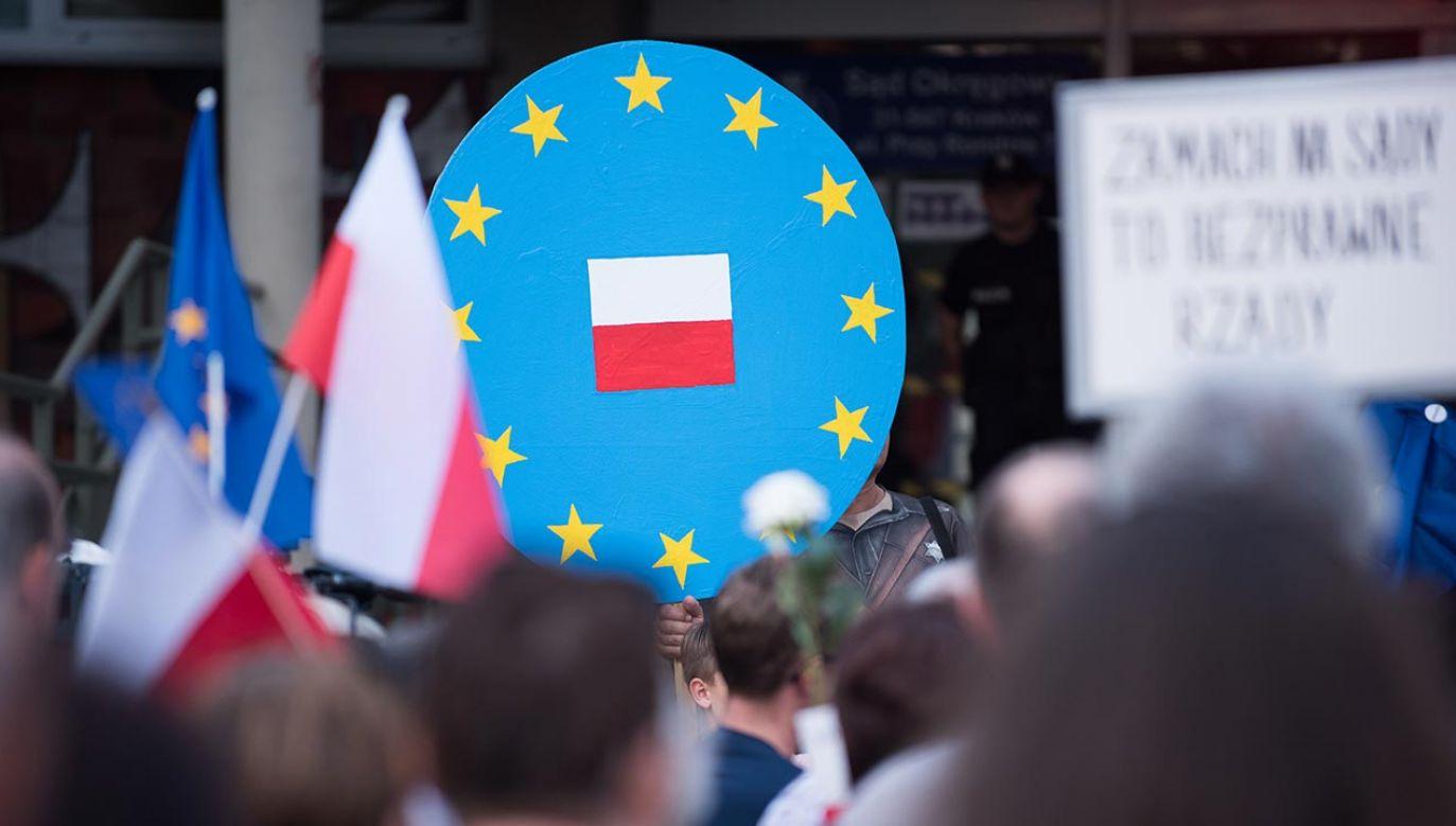 Niemiecka prasa ocenia sytuację Polski w UE (fot. Zuma Press/Omar Marques)