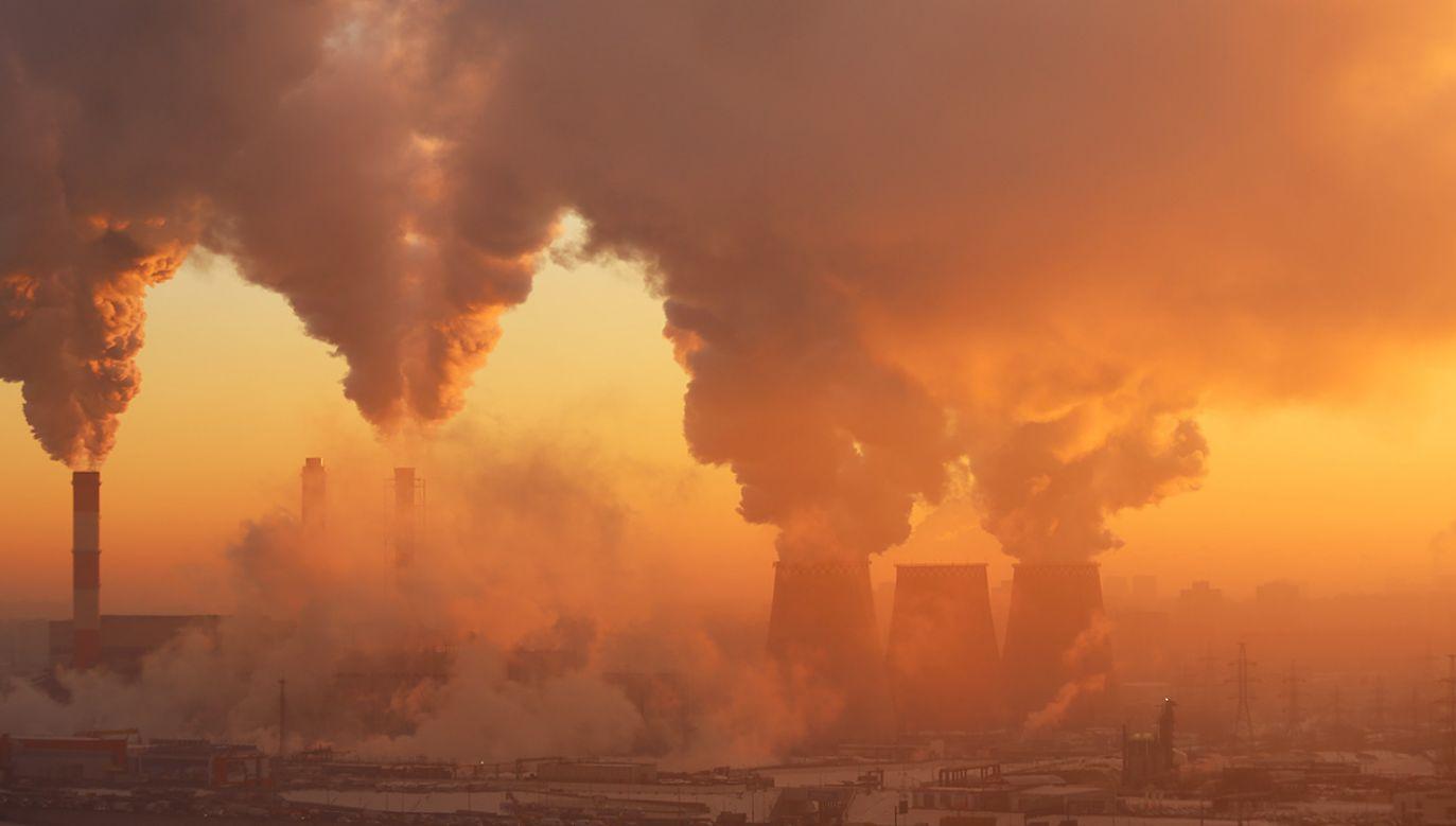 Celem porozumienia klimatycznego z 2015 r.  jest zatrzymanie zmian klimatycznych na Ziemi (fot. Shutterstock/lexaarts)