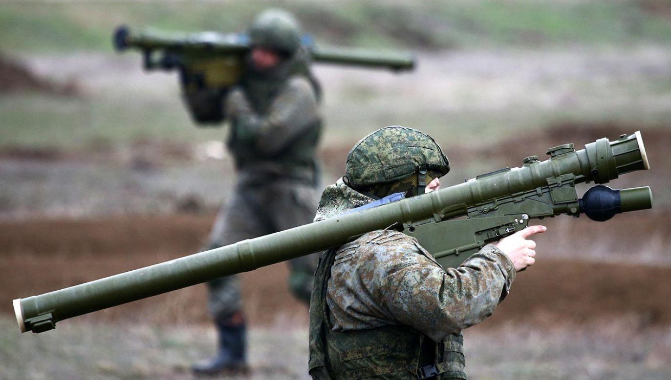 Jedne rosyjskie manewry się zakończyły, a drugie lada chwila się rozpoczną (fot. Sergei Malgavko\TASS via Getty Images)