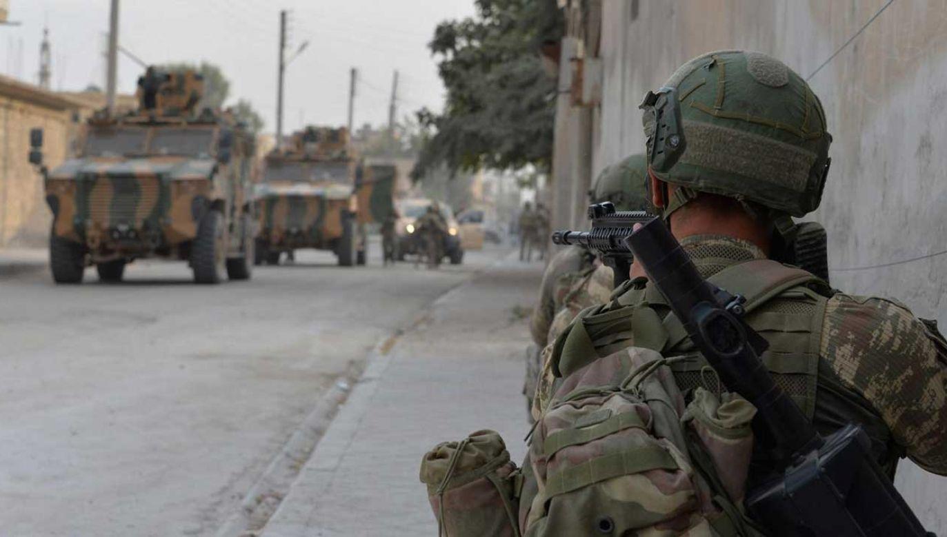 Turcja uzgodniła z USA 5-dniowe zawieszenie broni (fot. TURKISH ARMED FORCES / HANDOUT/Anadolu Agency/Getty Images)