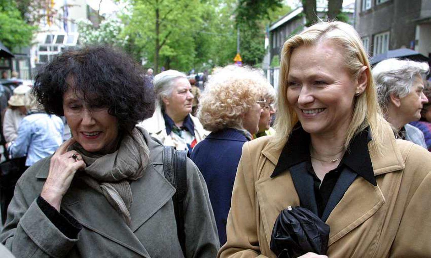 2003: z Hanną Stankówną i... prostymi włosami! (fot. arch. PAP/ Tomasz Gzell )