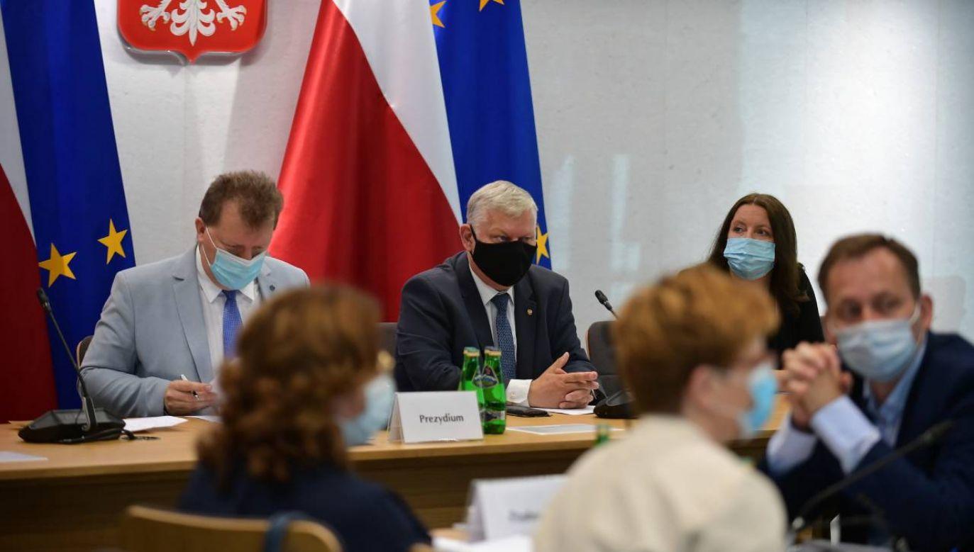 Joanna Lichocka na komisji kultury (fot. PAP/Marcin Obara)