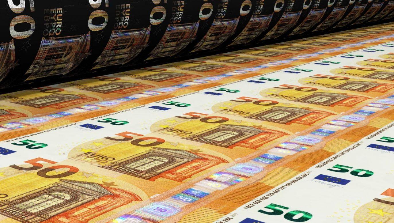 Projekt nowego budżetu UE na lata 2021-2027 ma opiewać na ponad bilion euro (fot. Shutterstock/Angel Soler Gollonet)