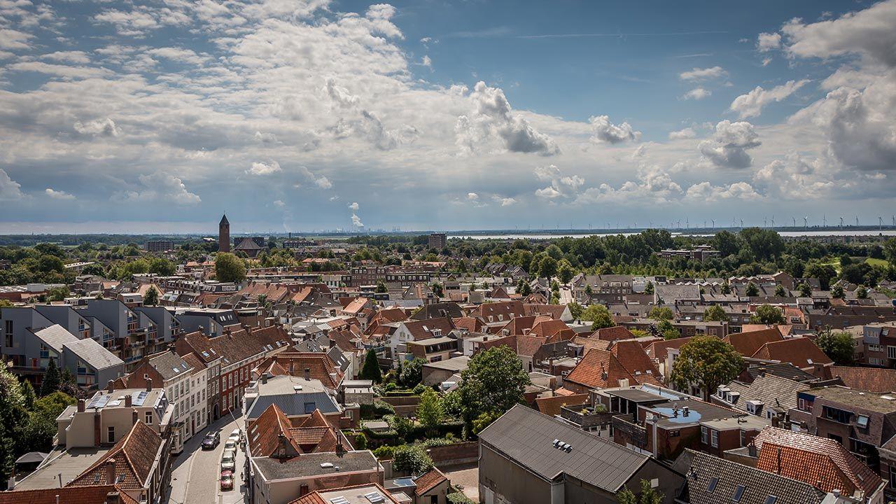 Gmina Bergen op Zoom otrzymała od rządu ponad milion euro w ramach walki z koronawirusem (fot.  Shutterstock/Jolanda Aalbers)