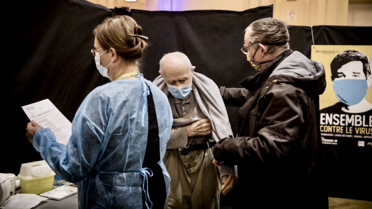 Pandemia koronawirusa w Strasbourgu (fot. Elyxandro Cegarra/Anadolu/Getty Images)