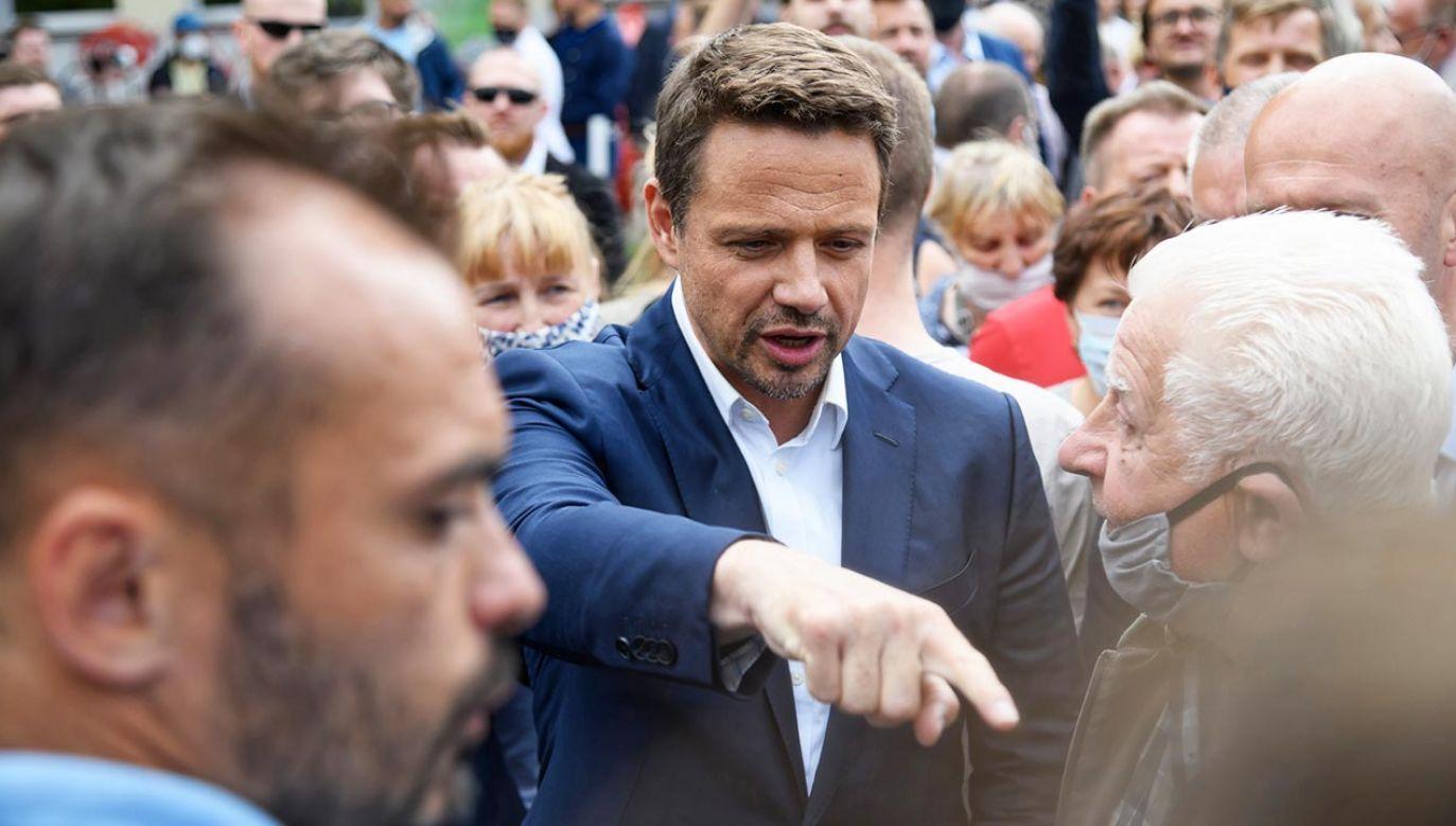 Radni PiS po wypadkach autobusów miejskich chcą zwołania sesji nadzwyczajnej Rady Warszawy (fot. PAP/Jakub Kaczmarczyk)