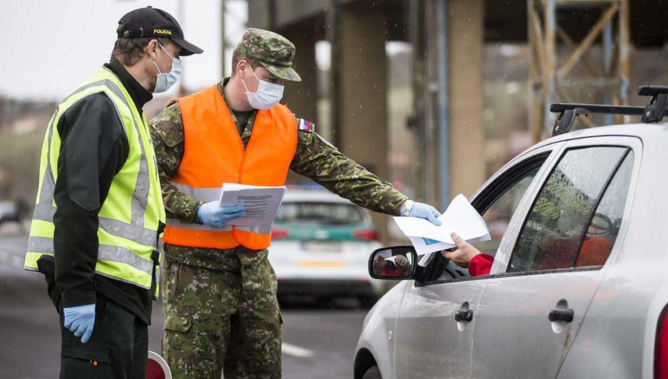 Powracający Słowacy chcą odbywać kwarantanny w domach (fot. Getty Images/Arpad Kurucz / Agencja Anadolu)