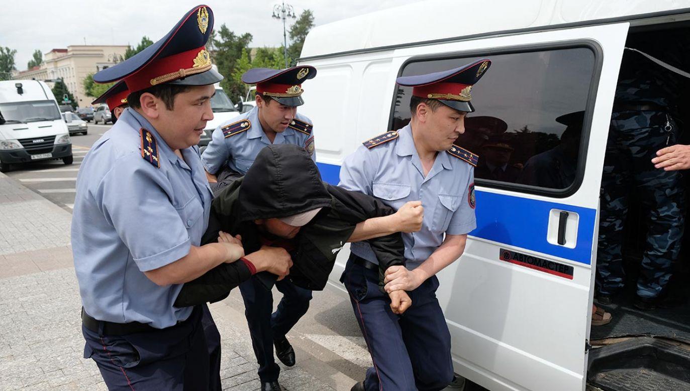 Pięć osób zginęło w strzelaninie, do której doszło podczas egzekucji komorniczej (fot. Shutterstock)