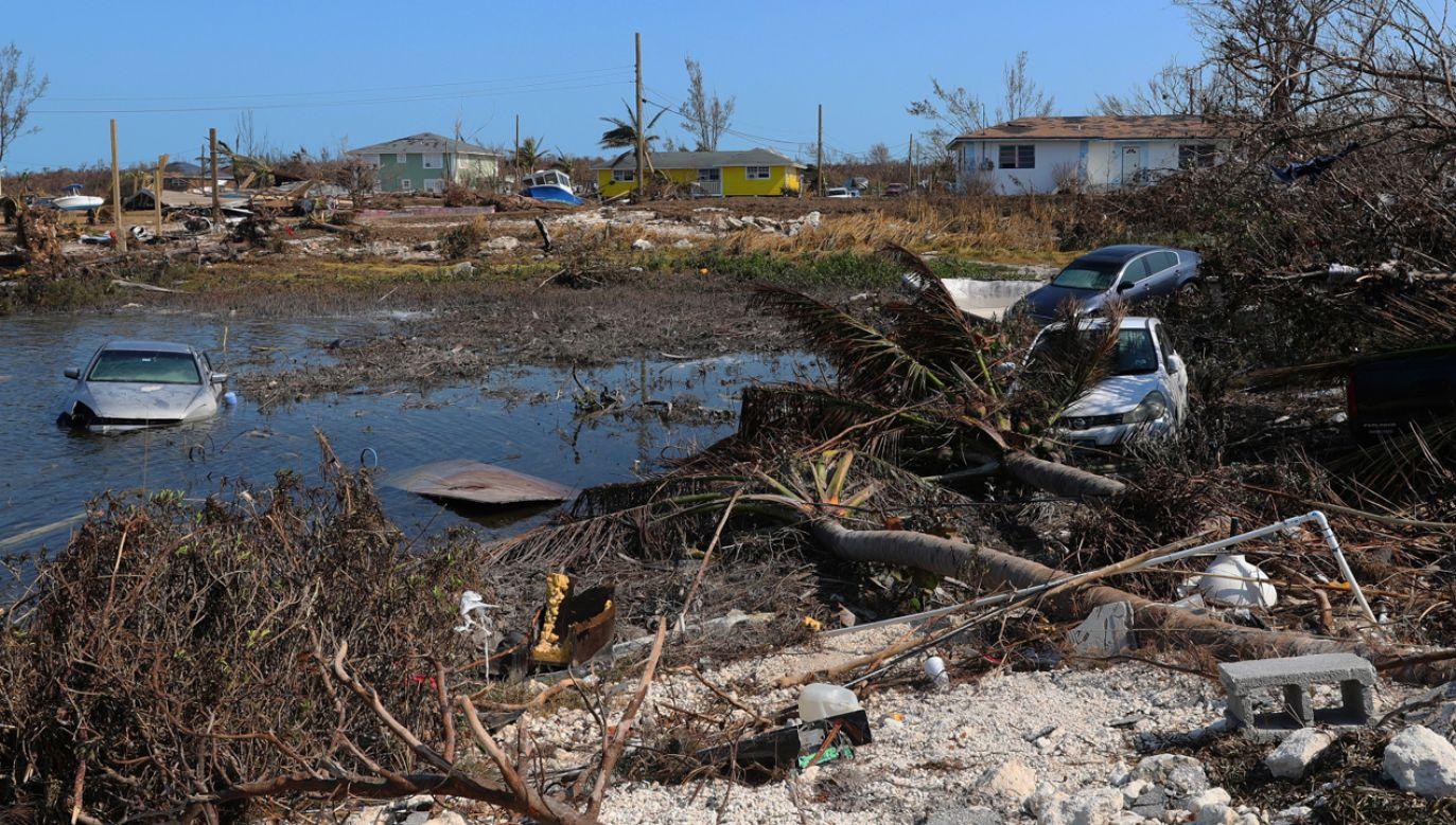 Dorian spustoszył Bahamy na przełomie sierpnia i września (fot. PAP/EPA/LPhot PAUL HALLIWELL/BRITISH MINISTRY OF DEFENCE/HANDOUT)