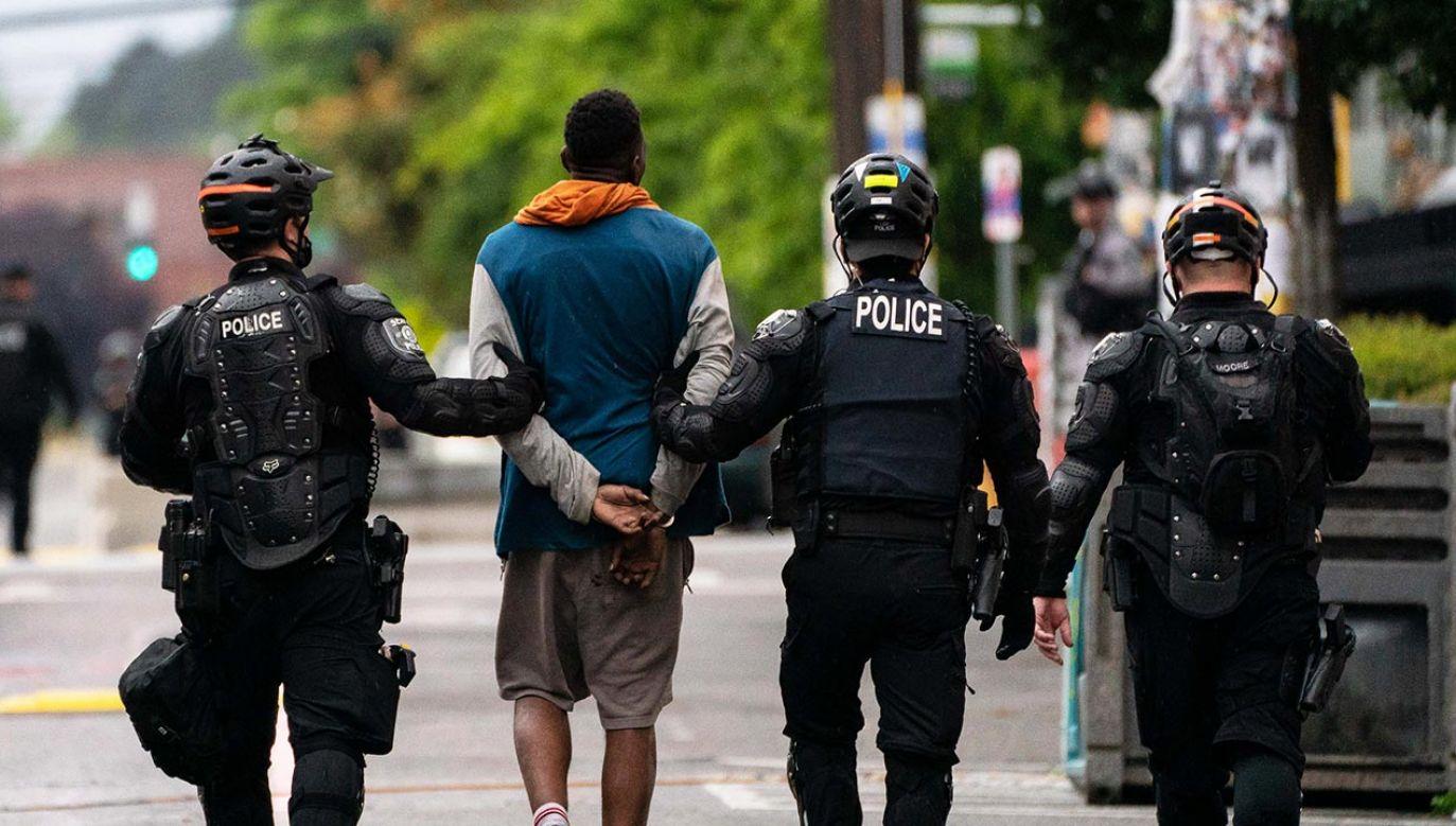 """Wcześniej burmistrz mówiła, że miasto przeżywa swoje """"lato miłości"""" (fot. David Ryder/Getty Images)"""