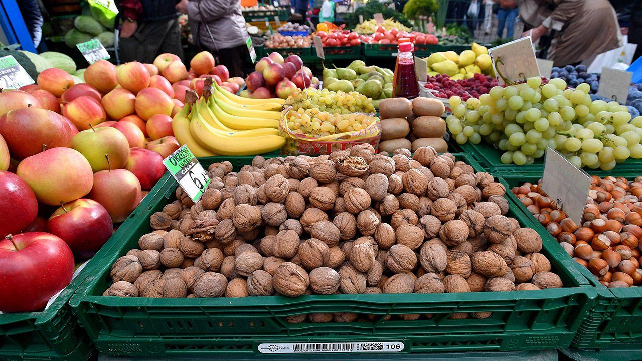 Kandydaci opozycji twierdzili, że na rynku żywności panuje drożyzna (fot. arch.PAP/Marcin Bielecki)