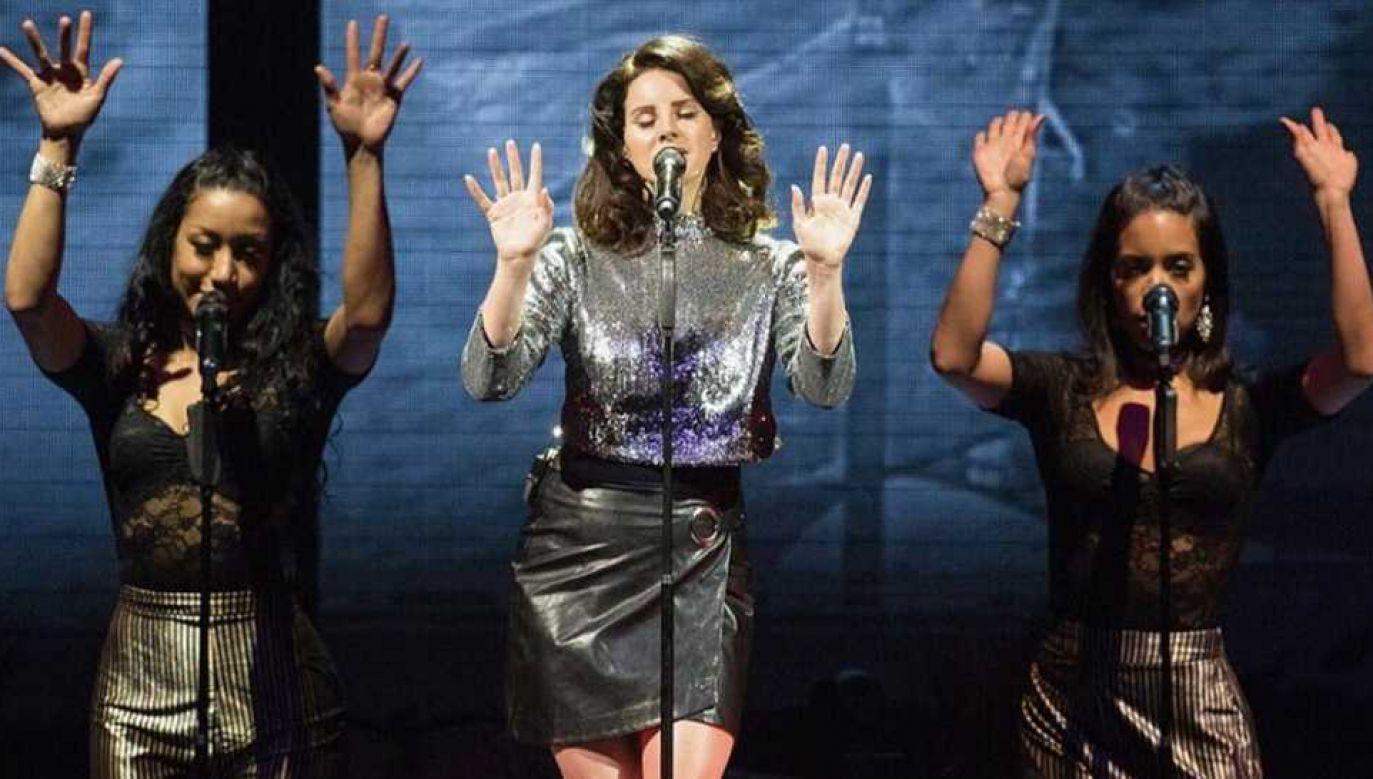 Lana Del Rey znalazła się na cenzurowanym (fot. FB/Lana Del Rey)