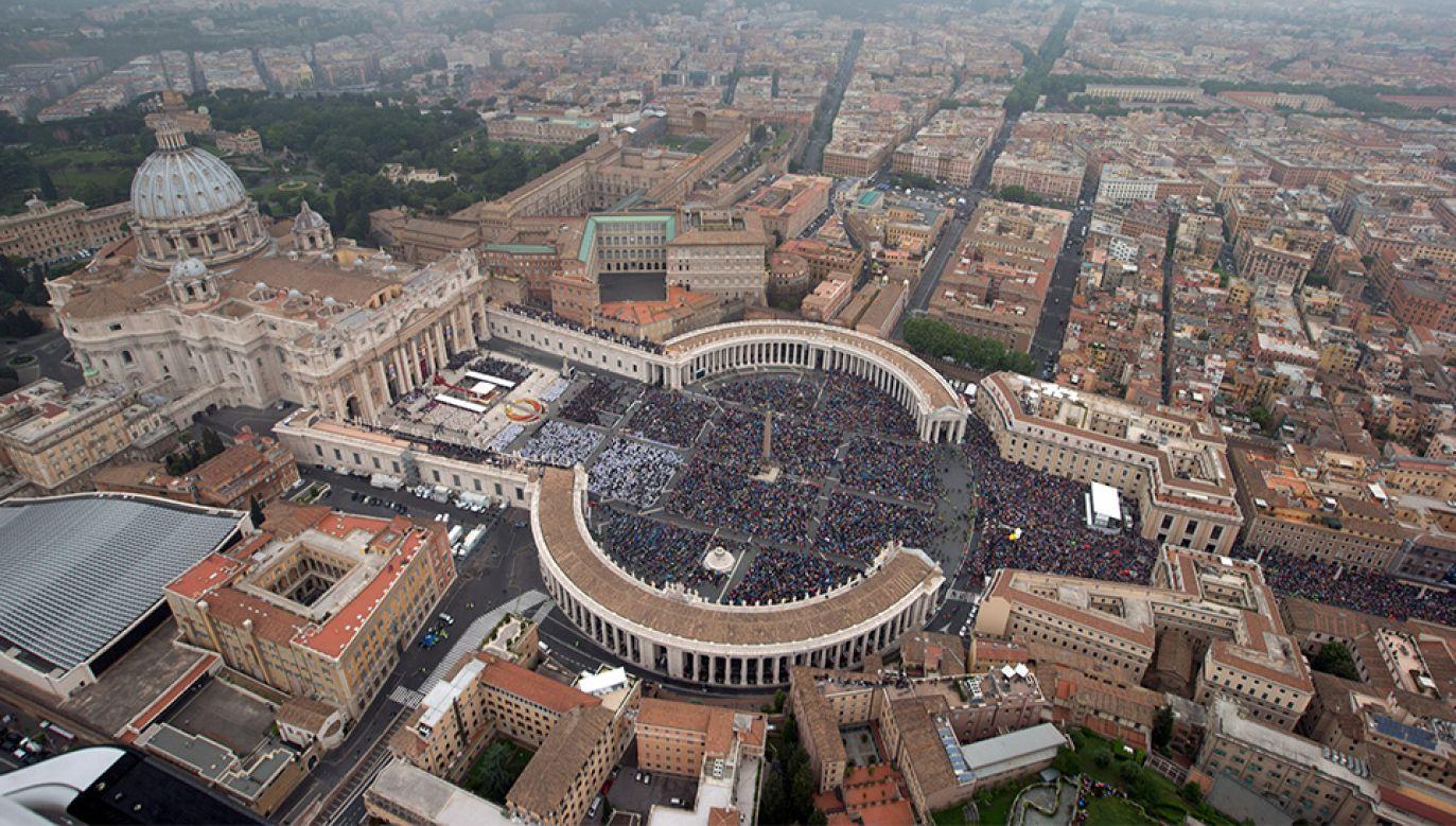 Od czterech lat papież Franciszek rządzi w Watykanie (fot.Handout / Getty Images)
