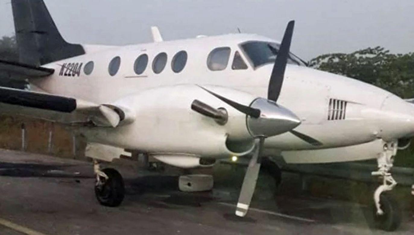 Żołnierze skonfiskowali samolot należący do kartelu (fot. Secretary of National Defense)
