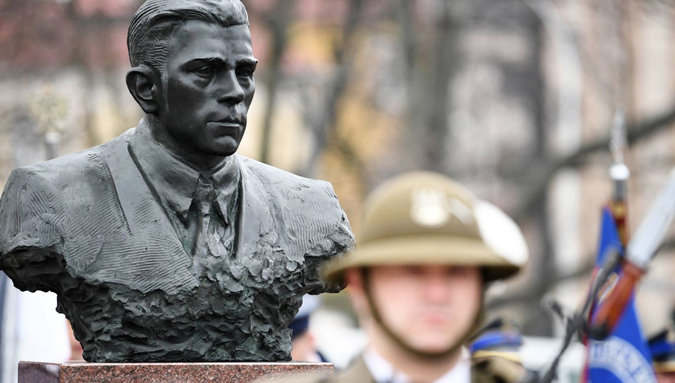 """Dzień rocznicy jego śmierci został ustanowiony Narodowym Dniem Pamięci """"Żołnierzy Wyklętych"""" (fot.  PAP/Darek Delmanowicz)"""