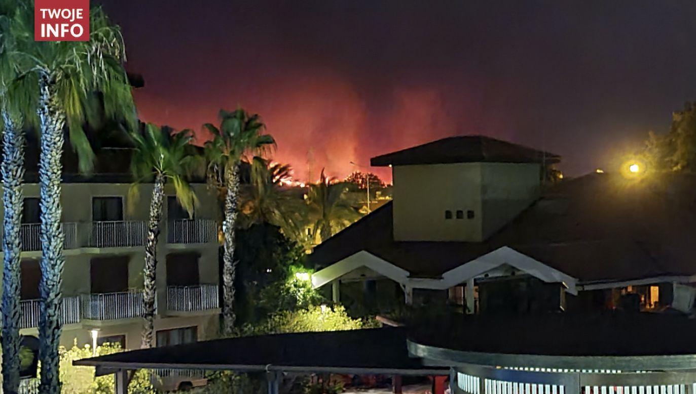 Służby ewakuowały kilkanaście okolicznych wiosek (fot. Twoje Info)