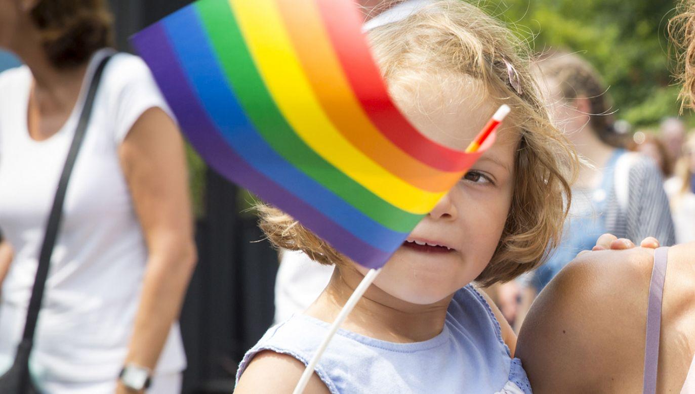 Ministerstwo podkreśliło, że rodzice mają prawo do sprzeciwu. (fot. Shutterstock/Melanie Lemahieu)