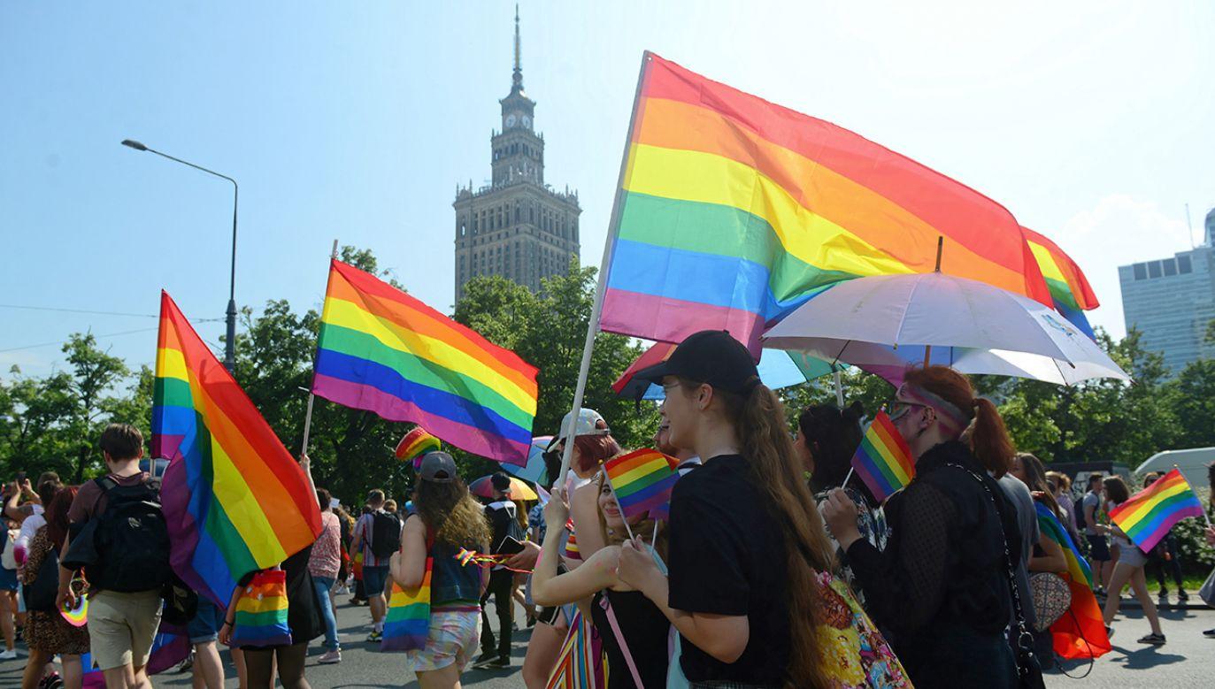 W sobotę stołecznymi ulicami przeszła Parada Równości (fot. PAP/Jakub Kamiński)