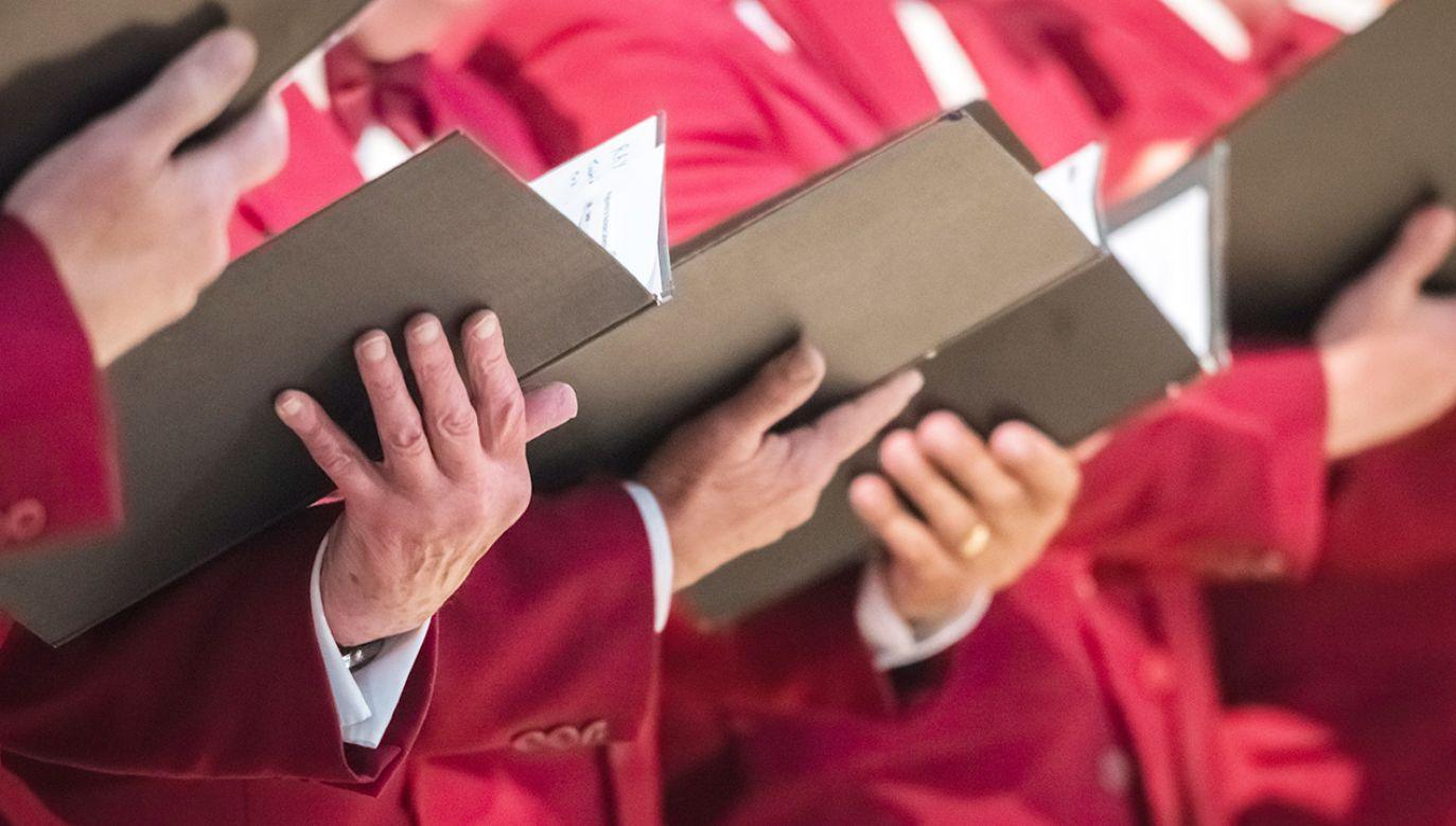 """Każda diecezja będzie miała prawo wyboru, czy błogosławić """"małżeństwa"""" homoseksualne, czy nie (fot. Shutterstock/aaabbbccc)"""