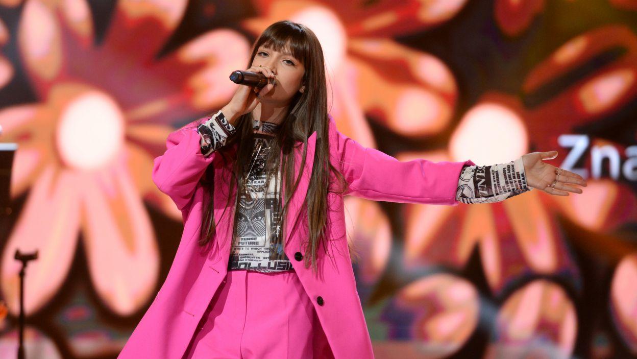 """Wiktoria zaśpiewała nowy utwór """"Superhero"""" i to właśnie on rozbrzmi w gliwickiej arenie 24 listopada (fot. J. Bogacz/TVP)"""
