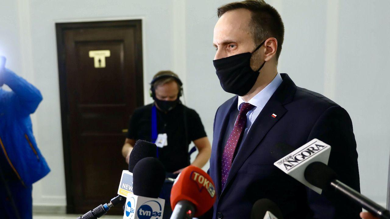 Kowalski oświadczył, że Konfederacja ma znakomitych polityków (fot. arch.PAP/Rafał Guz)